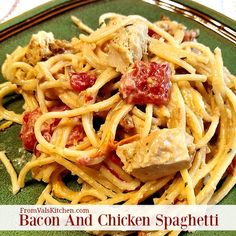 Bacon And Chicken Spaghetti Recipe - From Val's Kitchen (Simple Spaghetti Recipes) Chicken Spaghetti Recipes, Fried Chicken Recipes, Quick Healthy Meals, Healthy Recipes, Fast Recipes, Bacon Recipes, Delicious Recipes, Pasta Dishes, Rice Dishes