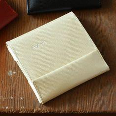 使いやすさが魅力の「小さい財布」。おすすめアイテムをご紹介 - スタイルコラム - スタイルストア
