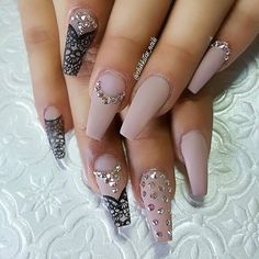 """""""We believe in dressing up in gorgeously impractical things, like tulle, sequins, sparkles and lace"""" @chikkitas_nails dressed up these nails using 'Creme D Nude' (G431) some bling and a little lace art. #kiarasky #lace #bling #notd #nailswag #nailfashion"""
