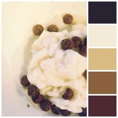 I made some #coconut #icecream last weak and loved how #soft and warm the #colours were :) #mossomcolours #colourscheme #colourpalette