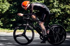What advantage does the ultimate aero set-up confer over a 10-mile time trial? The experimental results are in…