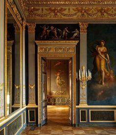 """latouchefr: """" Hôtel Beauharnais https://instagram.com/p/BPVryNfFgH6/ """""""
