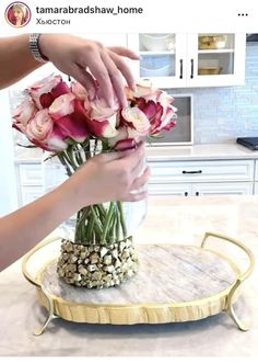 Diy Crafts For Home Decor, Diy Projects For Kids, Diy Crafts Hacks, Table Decor Living Room, Home Decor Bedroom, How To Make Decorations, Flower Arrangements Simple, Diy Bottle, Diy Centerpieces
