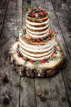 2 Tier Wedding Cakes, Floral Wedding Cakes, Amazing Wedding Cakes, Wedding Cake Rustic, Elegant Wedding Cakes, Wedding Cake Designs, Boho Wedding, Violet Cakes, Cupcake Cakes