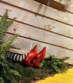 """The Ruby Slippers still attached to their original owner The Wicked Witch of the East. """"The Wizard of Oz"""" Kitsch, Wizard Of Oz 1939, Wizard Of Oz Shoes, Wizard Of Oz Movie, Karate Kid, Red Slippers, The Rocky Horror Picture Show, Land Of Oz, Broadway"""