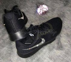 new concept b6795 727fd Benutzerdefinierte Bling Swarovski Womens Nike Tanjun Sneaker-neu in Box!  Schwarz schwarz Ich