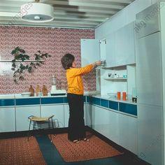 Wohnen in der DDR: Einbauküche. 1978