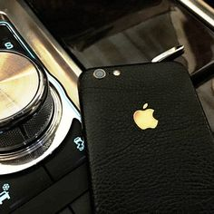 You will not have to worry about losing your iPhone magnificence when protecting it with the iPhone 6+ Black Leather Full Body Wrap.