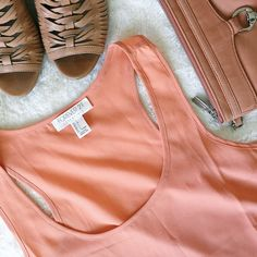 ✨NEW LISTING✨Forever 21 Tank Peach-colored Forever 21 Essentials tank. 100% polyester. Machine was cold. Size large.  Please make all offers through the offer button  ✨10%✨off with bundle!  Fast Shipping Non-Smoking No trades/PayPal Open to fair offers Instagram: laurentopor Tumblr: nearlynewbylo  ✨ Happy Poshing ✨ Forever 21 Tops Tank Tops