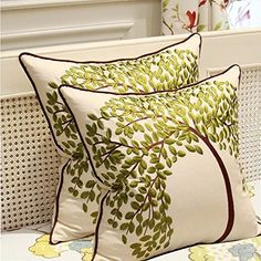 Sideli Embroidered Cotton Linen Decorative Throw Pillow Cover Cushion Case Pillow Tree of Life(Green) Cushion Embroidery, Silk Ribbon Embroidery, Hand Embroidery Designs, Sewing Pillows, Diy Pillows, Cushion Cover Designs, Decorative Cushions, Fabric Painting, Pillow Design