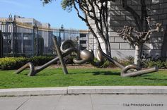 Hiro II by Peter Voulkos at the War Memorial Opera House in San Francisco