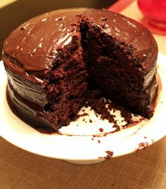 This Woman Cooks!: Old Fashioned Chocolate Cake