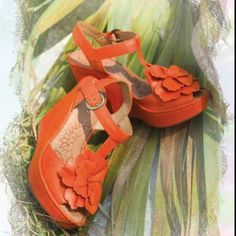 the Born Azalea floral wedge tangerine-tango Magic Shoes, Floral Wedges, Pink Sparkly, Most Comfortable Shoes, Born Shoes, Lush Green, Potpourri, Cute Shoes, Tropical