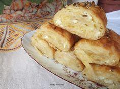 Кулинарни изкушения с Нели: Солени банички с царевично брашно