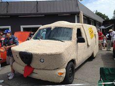 """Mutt Cuts"" van from Dumb and Dumber."