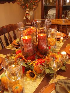 As mentioned yesterday, I've been busy getting organized for our Canadian Thanksgiving coming up on October 11th.  I want to have the tables...