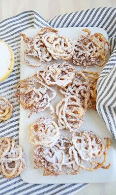 Wedding Food 17 Drunk Foods That Make Amazing Wedding Snacks - The bride wears white for a reason, which is to hide powdered sugar stains. Get the recipe here. Delicious Desserts, Dessert Recipes, Yummy Food, Homemade Funnel Cake, Wedding Snacks, Wedding Ideas, How Sweet Eats, I Love Food, Sweet Recipes