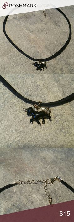 "Black & Gold Unicorn Skinny Choker Short Necklace Sweet dainty little 3D enameled black & shiny gold metal unicorn short choker collar necklace. The thin band itself is a super soft high quality faux suede measuring 1/8"" thin, 11.5"" long, with an additional 2.25"" extention chain. The unicorn is 3/4"" wide. A perfect combination of two of this season's hottest trends - unicorns and skinny chokers!  ♡White unicorn also available in my closet♡  Thank you for visiting my closet, and happy…"