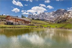 Christian Müringer - Mahlknecht Hütte auf der Seiser Alm (Südtirol)