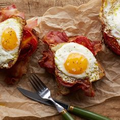 Fry up bacon, tomatoes, and eggs all in the same skillet for this upgrade on the classic breakfast sandwich.