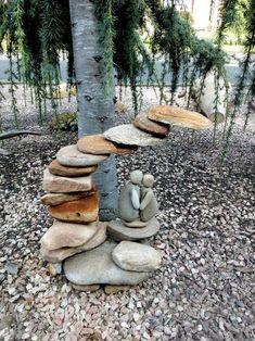 Stone sculpture from my garden Garden Crafts, Garden Projects, Garden Art, Landscaping With Rocks, Backyard Landscaping, Back Gardens, Outdoor Gardens, Rock Sculpture, Garden Whimsy