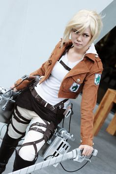 Annie Leonhardt by AsumiChan on DeviantArt Aot Cosplay, Cosplay Costumes, Look At You, How To Look Pretty, Female Heroines, Annie Leonhart, Attack On Titan Season, Cosplay Tutorial, Creative Costumes