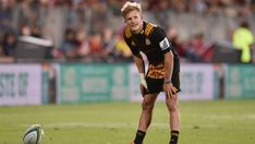 All Black-in-waiting Damian McKenzie out to keep firing in Super Rugby Super Rugby, All Blacks, Sport Quotes, Running, Studs, Sports, Waiting, Lips, Design