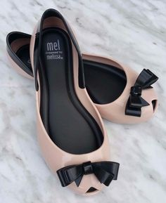 MEL Dreamed by Melissa Girls Queen Bow Peep-Toe Jelly Flats, Pink/Black, Size 13 | eBay