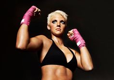 5 amazing benefits of kickboxing for women: With women's boxing now a sport in the Summer #Olympics, more and more women are getting into the ring. Find out what makes kickboxing such an amazing workout for women
