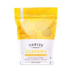At Thrive Market our mission is to make healthy living easy, affordable, and accessible for every American family. Chip Packaging, Packaging Snack, Organic Packaging, Food Packaging Design, Paper Packaging, Coffee Packaging, Bottle Packaging, Pretty Packaging, Packaging Design Inspiration