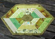 Edderkop dækkeserviet, mønster fra Helene Juul
