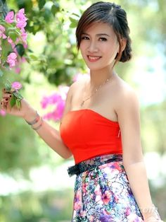 ho chi minh city divorced singles personals Dating in ho chi minh city vietnam, sai gon, ha noi travel and living, suggestions on where to go, where to stay, where to eat and more.