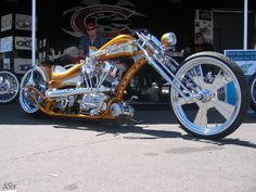 Old Classic Harley-Davidson Motorcycles Custom Choppers, Custom Harleys, Custom Motorcycles, Custom Bikes, Classic Harley Davidson, Used Harley Davidson, Harley Davidson Motorcycles, West Coast Choppers, Road Glide