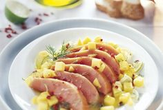 Gerookte zalm met mango, limoen en roze peper