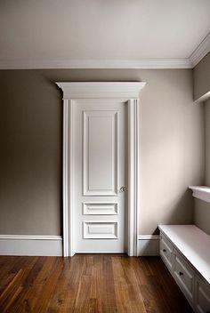 Custom door casing for classic style Interior Door Styles, Custom Interior Doors, Interior Design Pictures, Door Design Interior, Interior Barn Doors, Interior Design Living Room, Interior Photo, Room Door Design, Wooden Door Design