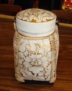 Thia Rice basket...want Asian Baskets, Rice Box, Thai Rice, Kitchen Storage Boxes, Thai Style, Balinese, Wicker, Christmas Ideas, Exotic