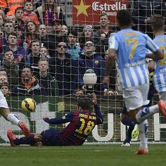 Málaga sorprende y derrota a domicilio al Barcelona