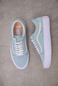 5d416dd777 Vans old school mint  amp  pearl Vans Shoes Old Skool