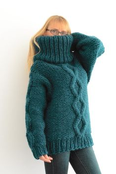 Fluffy Sweater, Mohair Sweater, Turtleneck Outfit, Sweater Outfits, Handgestrickte Pullover, Pullover Sweaters, Thick Sweaters, Wool Sweaters, Pull Mohair