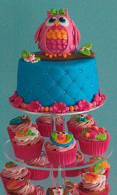 Owl cake , cupcake