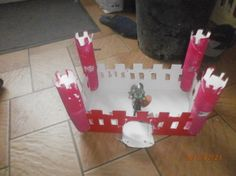 chateau-fort-moyen-age-rouleau-carton-5 Chateau Fort Moyen Age, Château Fort, Forts, Medieval, Candles, Architecture, Birthday, Kids, Paper Crafting