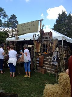 Christine LeFever: 43 Shots of Antique Show, Days of the Pioneer