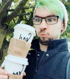 Jacksepticeye>>>oh god he's such an angel bean fUck my heart can't take it nuuu