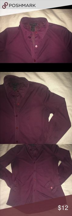 Express button down top No iron needed❗️EUC💋maroon silky smooth button down - collared top. Perfect paired with a suit or in jeans. Medium 🌺 The last image is to showcase the true maroon color. Express Tops Button Down Shirts