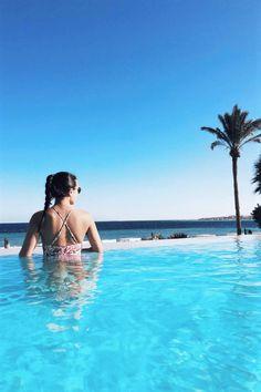 Makadi Spa ein Luxus RED SEA HOTEL direkt am privaten Strand am Roten Meer in der Makadi Bay. Urlaub in der Makadi Bay, Urlaub in Hurghada, Urlaub in Ägypten! TOP Urlaubsdestination 2019. 5 Sterne Deluxe Hotel. Infinity Pool mit Meerblick. Travelblogger Tips. Reiseinspiration.  #travel #pool #infinitypool #seaview #urlaub #egypt #ägpten #meerblick #makadi #luxushotel #hotel