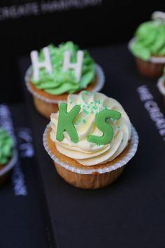 Industrial Style, Hoodies, Desserts, Tailgate Desserts, Sweatshirts, Deserts, Parka, Postres, Dessert