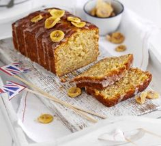 Brilliant banana loaf - A cross between banana bread and a drizzle-topped sponge. - Brilliant banana loaf – A cross between banana bread and a drizzle-topped sponge, this cake is gr - Loaf Recipes, Bbc Good Food Recipes, Baking Recipes, Cake Recipes, Dessert Recipes, Baking Desserts, Cake Baking, Recipes Dinner, Vegan Banana Bread