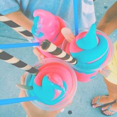 Imagen de summer, ice cream, and food Cute Food, I Love Food, Good Food, Yummy Food, Milk Shakes, Yummy Treats, Delicious Desserts, Sweet Treats, Sweet Desserts