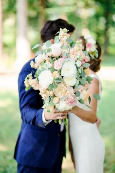 Get inspired by this Soft Summertime Affair in Tennessee. Discover the vendors responsible for this stunning event, and book them for your big day. Only on Borrowed & Blue.