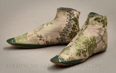 "Victorian Era Dress Shoes | Little Treasures: Victoriana & ""les Fleurs Animes"""